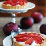 Plum tartlets with goat cheese mousse